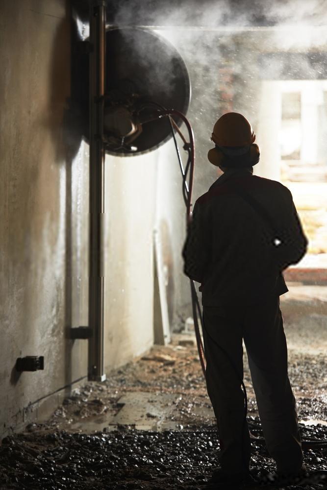 Tagliare cemento armato: consigli utili